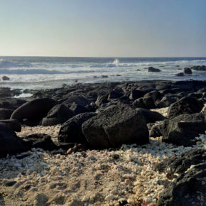 Lava rocks and ocean at a beach in Kailua-Kona, Hawaii
